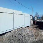 установка забора из профлиста в п. Усть-Ижора фото 2