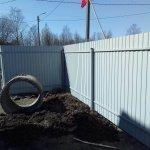 установка забора из профлиста в п. Усть-Ижора фото 3