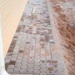 Укладка и мощение тротуарной плиткой территории КП Ломоносовские усадьбы фото 2