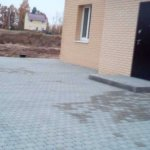 Укладка и мощение тротуарной плиткой территории КП Ломоносовские усадьбы фото 6