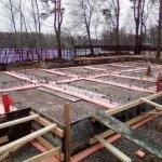 Установка и заливка ленточного фундамента в п. Васкелово фото 12