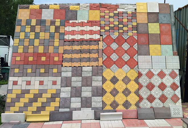 дизайн при мощении дорожек тротуарной плиткой
