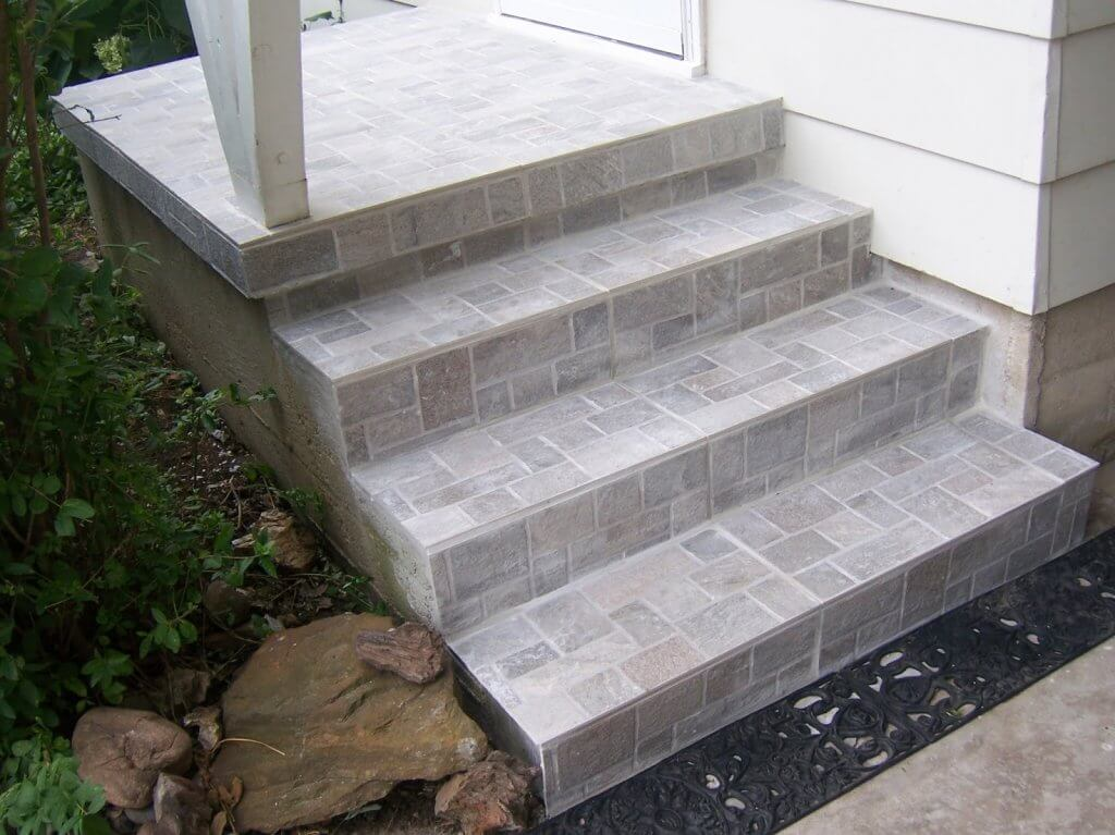 облицовка тротуарной плиткой ступеней из бетона фото